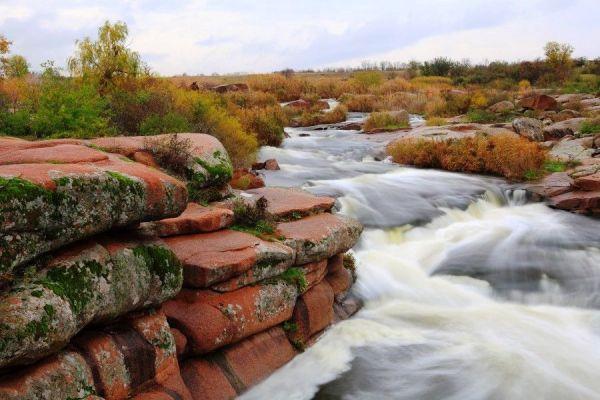 tokovskij-vodopad-5-tokovskij-vodopad-ukraina-tokovskij-vodopad-dnepropetrovsk-tokovskij-vodopad-na-57df1a0af09b67ECDCC31-309B-6E57-675C-197A1650B700.jpg
